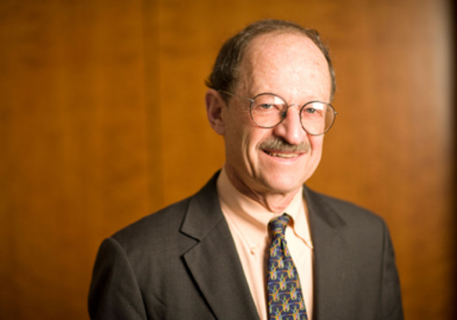 Harold Varmus Appoints Oversight Committee