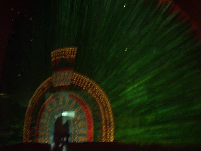 Creacion penacho de Moctezuma
