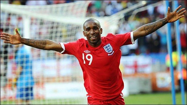 England qualify for next round