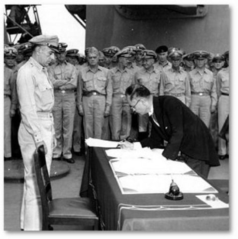 Japanese agree to unconditional surrender.