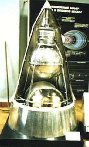 Sputnik II Launched