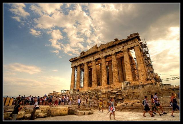 Origins of a Greek Polis