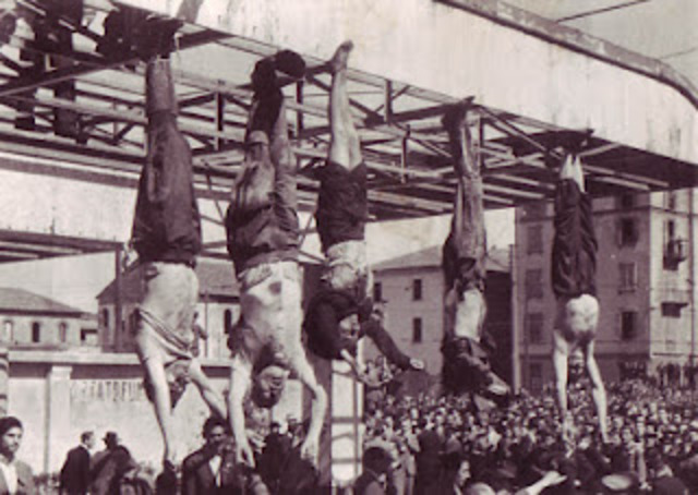 Mussolini es fusilado.