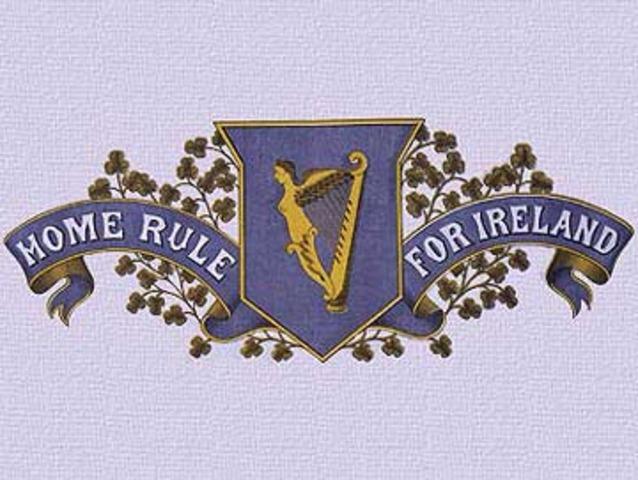 Home Rule vedtages i parlamentet, men udsættes.