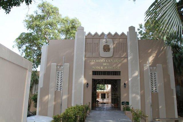Archivo Central Del Poder Judicial, en Gazcue.