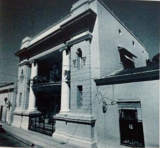 Palacente Vicini, Ciudad Colonial