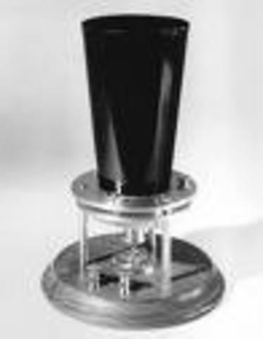 The liquid transmitter