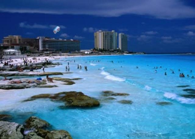 Creación del Fondo de Garantía y Fomento al Turismo (FOGATUR) en México