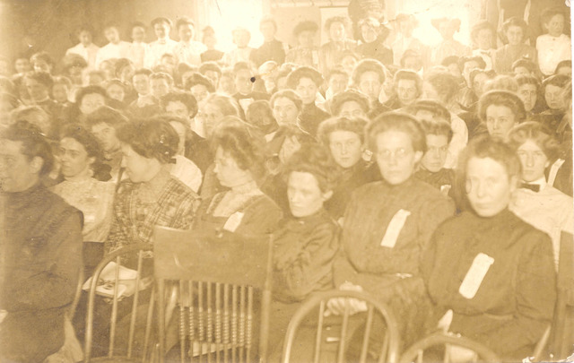 FIRST NATIONAL WOMENS RIGHT CONVENTION .