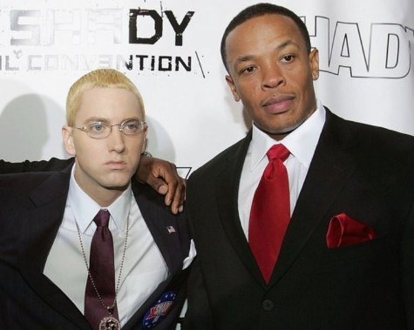 Eminem signs with Dr. Dre