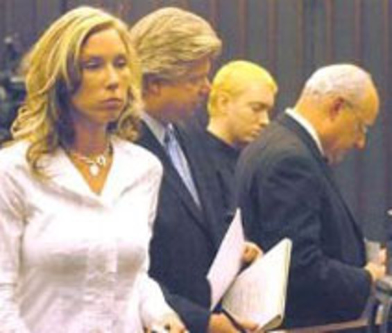Marshall files for divorce from Kimberly Mathers