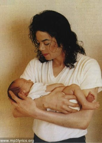 Rowe gives birth to there socend baby Paris Michael Katherinebaby was born