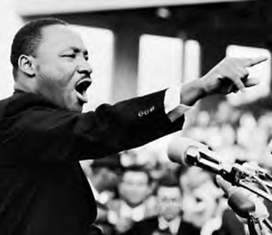Martin Luther King speaks at a civil rights rally