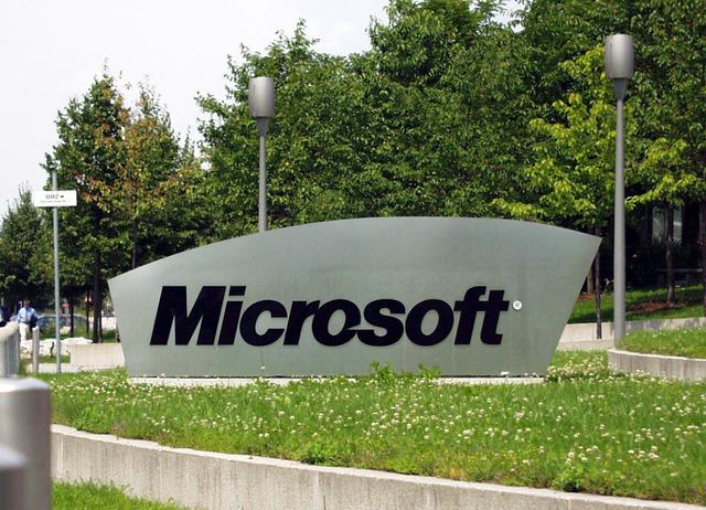 microsoft regala 20000 lineas de codigo a linux