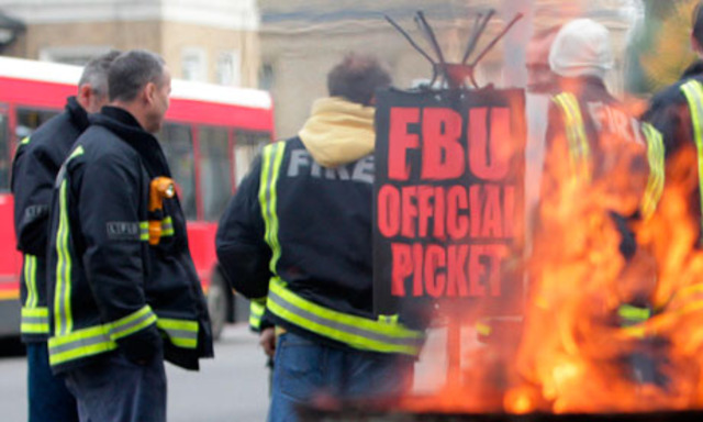 Britain: 51,000 firefighters went on strike in pursuit of 40% wage increase.