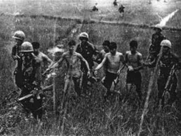 The First American Combat Troops Arrive in Vietnam