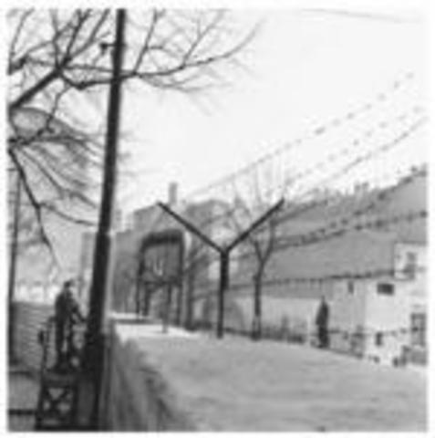 Berlin Wall (constructed)