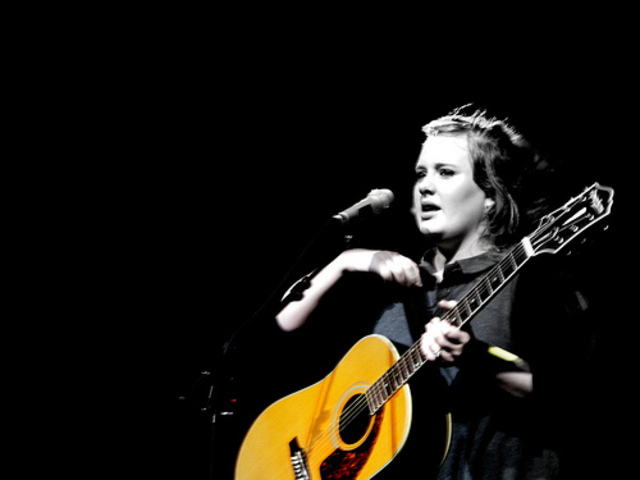 """Adele releases second single """"Chasing Pavements"""""""