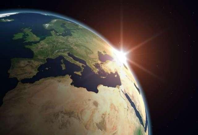 (2.2 BYA) Earth appears modern