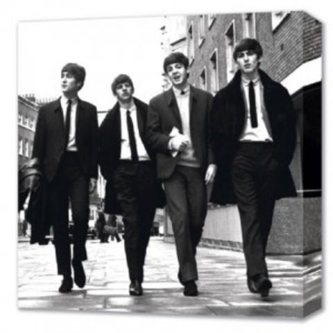 Beatles break up!