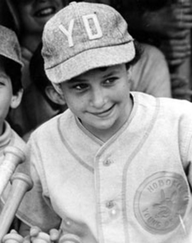 Girls allowed to play Little league baseball
