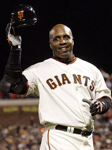 Barry Bonds hits his 400th home run as a Giant, leading his team to a 3-0 win over Cincinnati. Bonds is the first player to hit 400 homers for one team and 100 with another