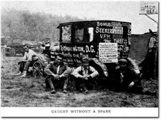 "World war I veterans , ""Bonus Army"" set up camp in Washington D.C."
