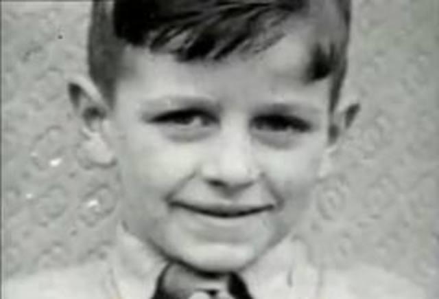 Richard Starkey (ringo) was born