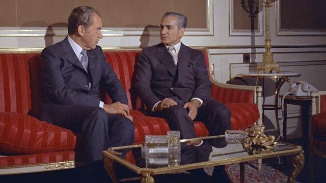 Nixon, Shah Negotiate Arms