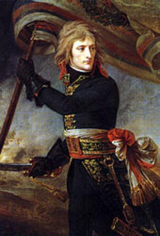 Napoleão torna-se o mais influente chefe militar dos franceses