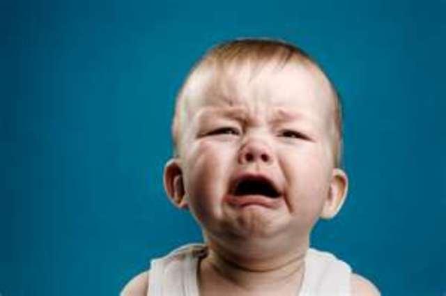 Cuando yo tenía un año, yo lloraba mucho, yo gateaba por toda la casa, y yo cacaba en mi pañal.