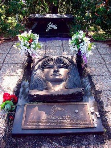 1995 Dies in Corpus Christi Texas