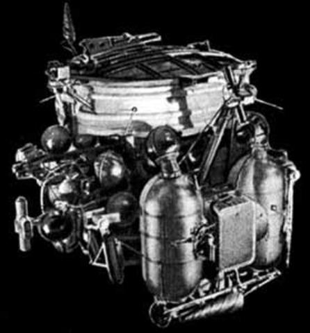 Luna 22, Lunar orbiter
