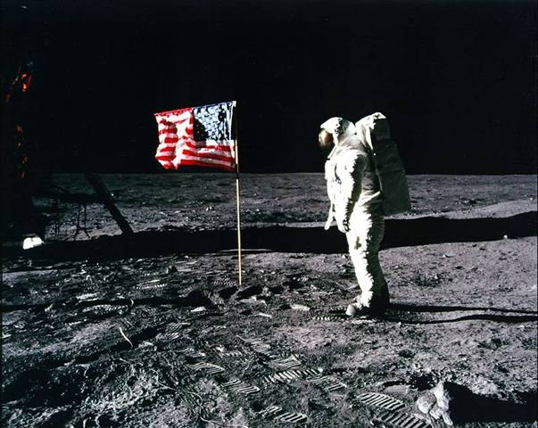 Space Race (Nasa, First Man on the Moon, and Sputnik)