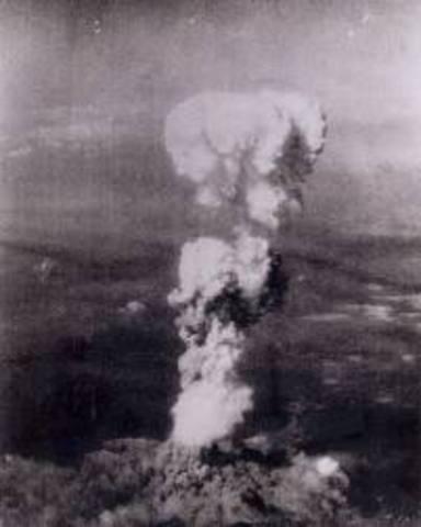 1° Bomba atómica