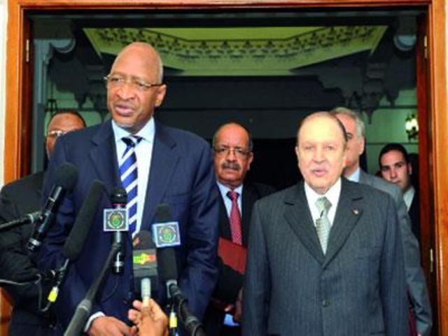 Des négociations débutent à Alger