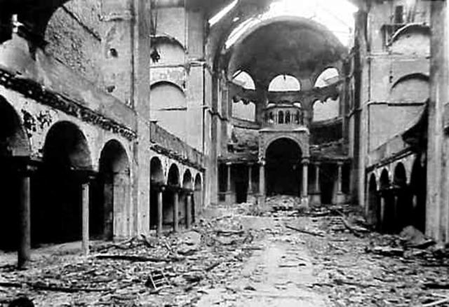 Kristallnacht, Nazis start rounding up Jews