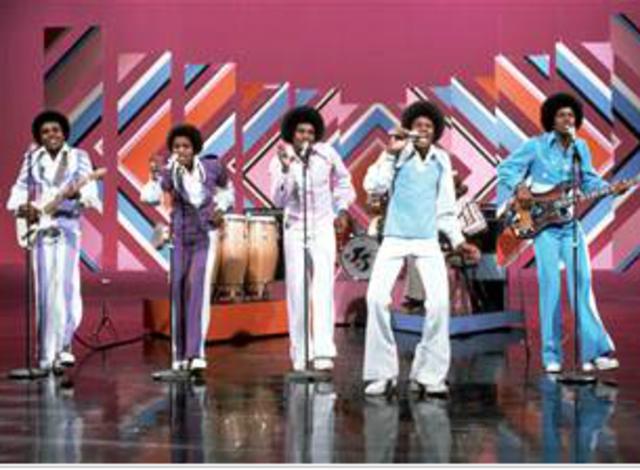 "Jackson 5 signed to Motown Records -Michael Jackson sings ""ABC"""