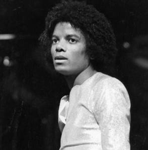 """Michael Jackson's First Album Released- """"Off the Wall"""""""