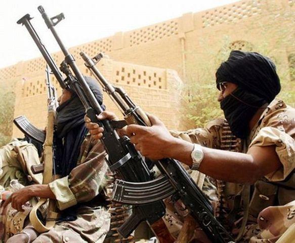 Les Salafistes d' Ançar Dine chassent le MNLA de Tombouctou