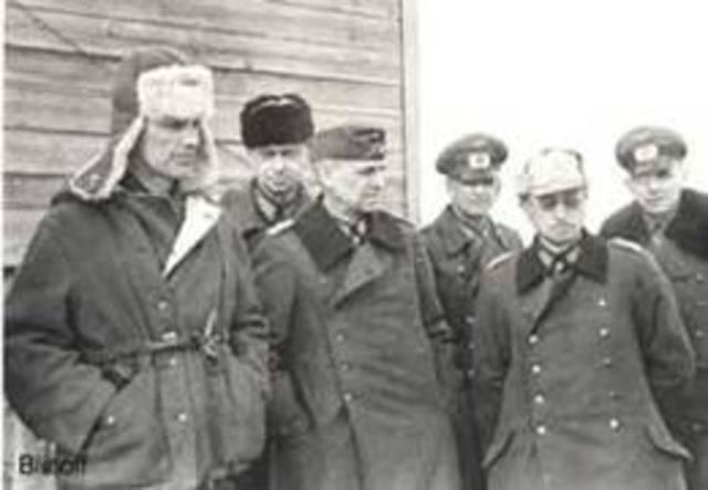 Russians stop Nazi advance