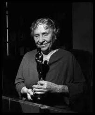 Helen Receives an Oscar Award