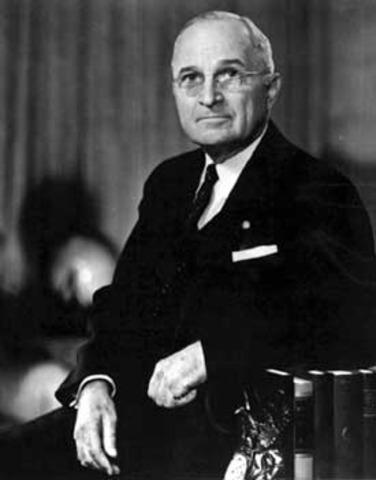 Truman da su discurso de posesión como presidente de Estados Unidos