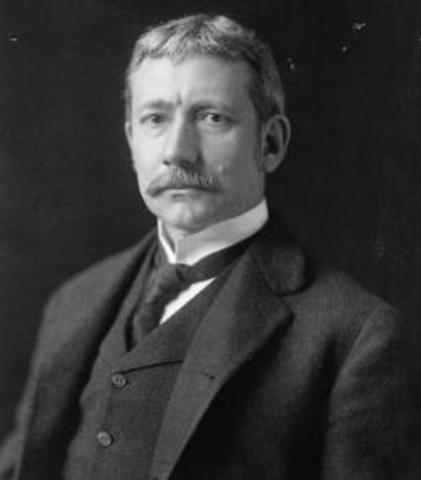 Elihu  Root recibió el premio Nobel de la Paz