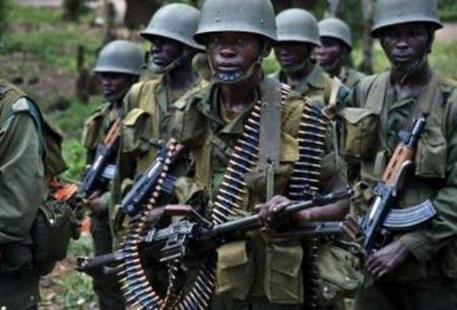 Hutu extremists begin killing political opponents