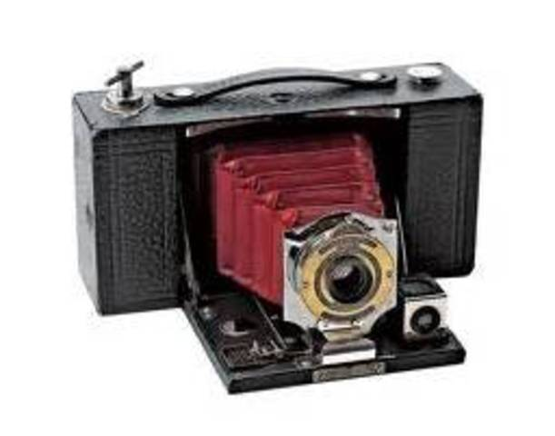 """The """"Brownie"""" Camera"""