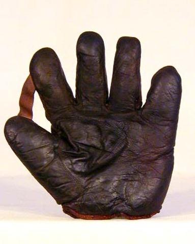 1910 Rev-O-Noc Baseball Glove