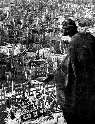 Even more bombing of Dresden