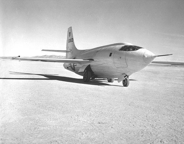 Erster Überschallflug überhaupt (Bell X-1)