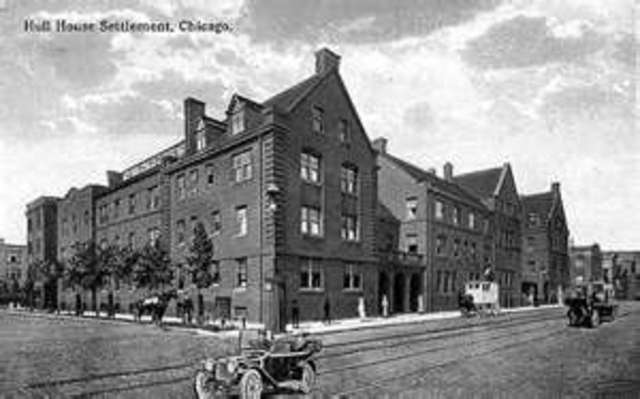 The Hull House is Founded